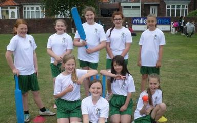 Girls Kwik Cricket Team