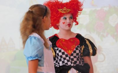 Alice In Wonderland – a spectacular performance by Y6